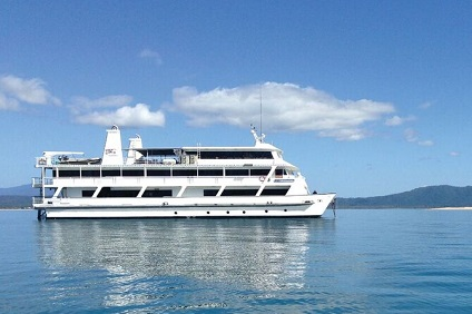 Coral Expeditions II, Great Barrier Reef ex Cairns Return