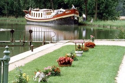 Belmond Hirondelle Barge